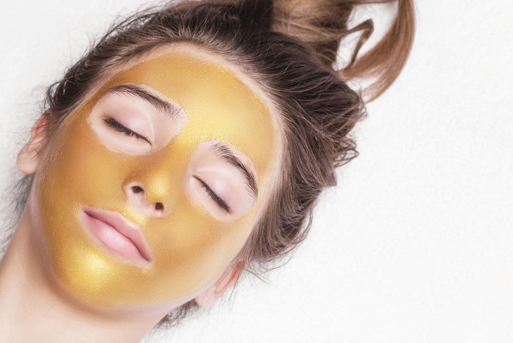 gold-and-platnium-facial